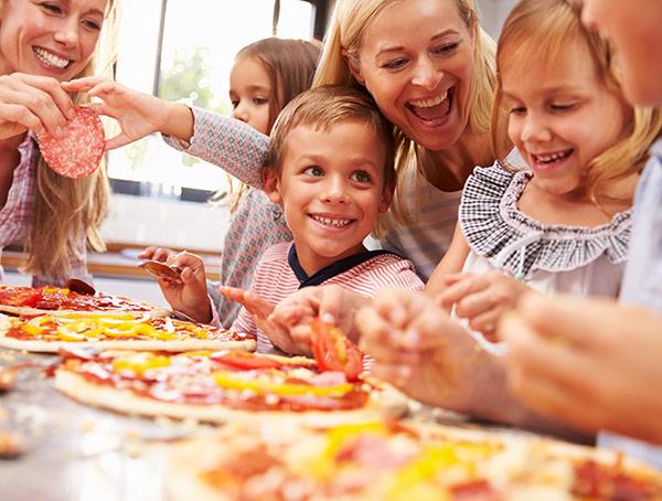 """Imagine sfat: 1. O """"competiție"""" culinară pentru copii"""