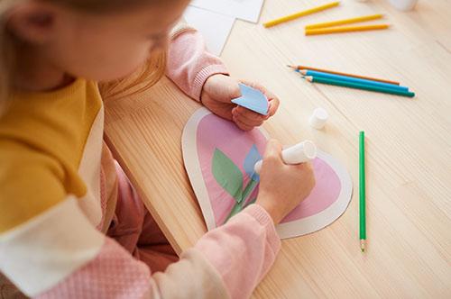 Mărțișoare handmade pentru 1 martie din plastelină