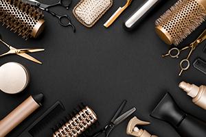 Imagine sfat: Instrumente des folosite pentru aranjarea părului