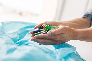Imagine sfat: Cum sunt reciclate bateriile uzate?