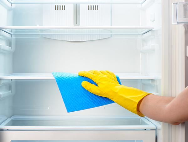 Imagine sfat: 4. Curăţă aparatura din casă
