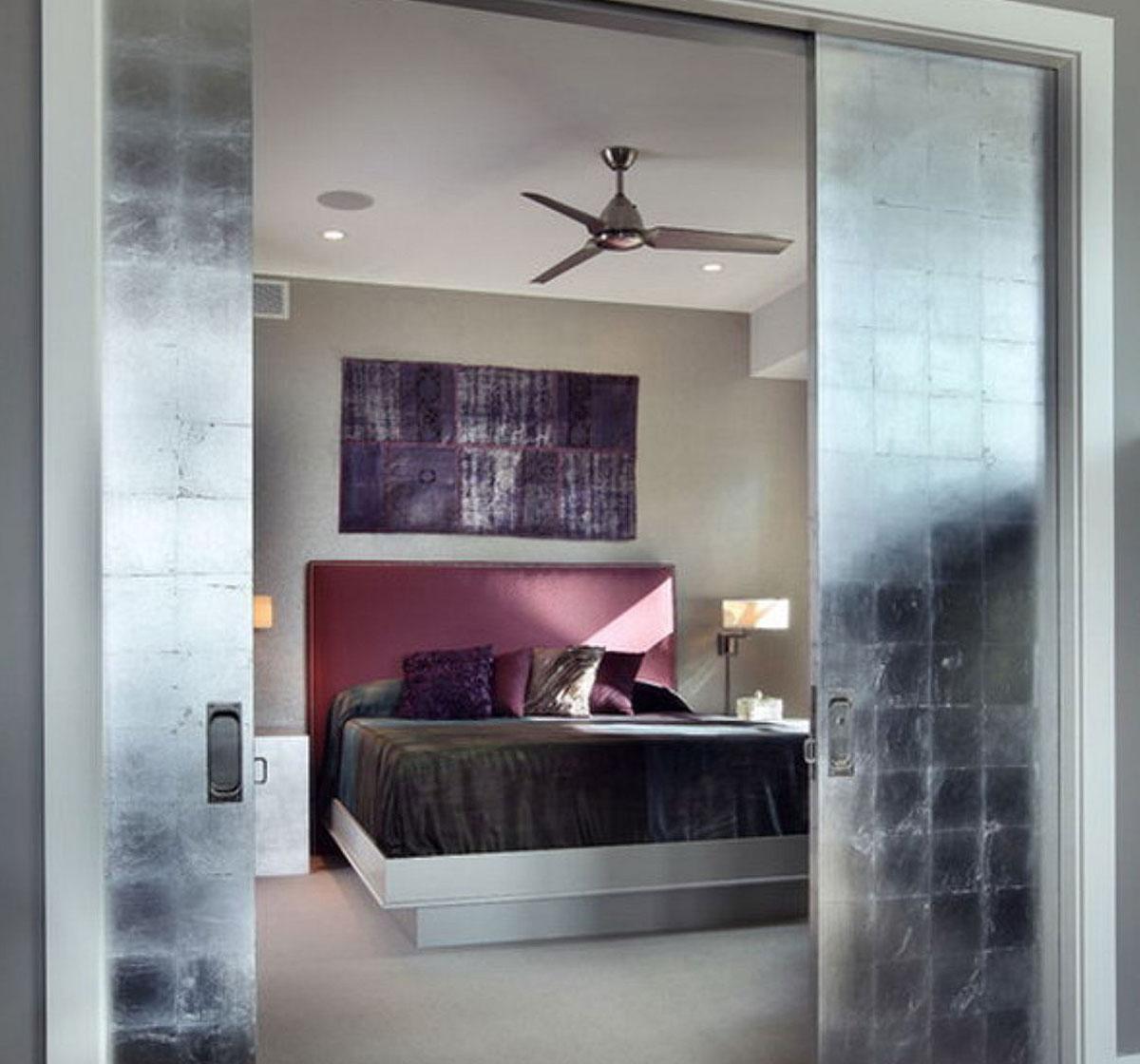 Imagine sfat: Dacă dorești să ascunzi în totalitate vechiul finisaj al ușii